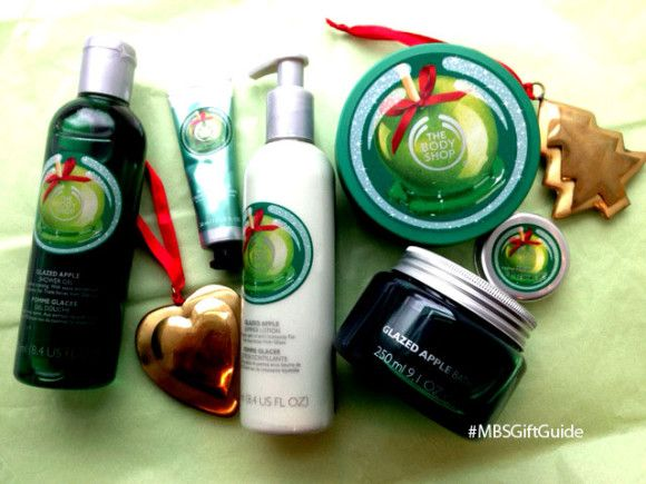 Gifts everyone will love from The Body Shop. This year give something from the Glazed Apple collection. #MBSGiftGuide #TheBodyShop #giveaway