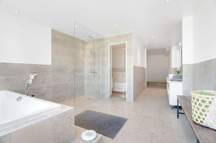 Cottage bathroom vanities - P 229 Kakel Badrum Tack Andra Badrum Beige Varm Badrum Beige Badrum