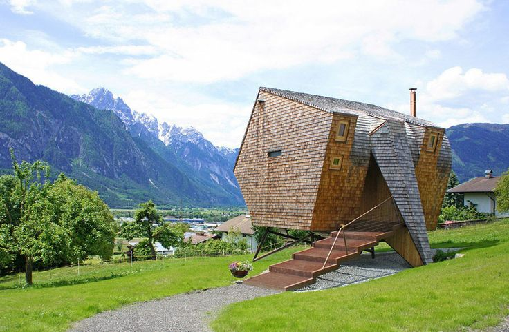 Casă minimalistă în Alpi