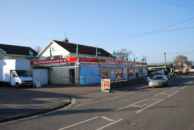 Geralds Supermarket, Dawlish Warren