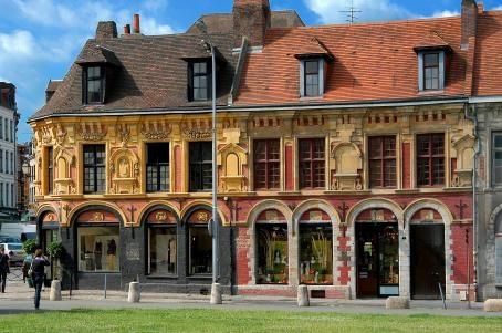 """Maison Gilles de Le Boé """"Vieux-Lille"""". Il s'agit du rang des maisons espagnoles"""