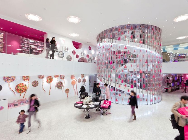 Barbie Shanghai, located on trendy Huai Hai Road in Shanghai China, is the first-ever Barbie flagship - Slade ArchitectureSlade Architecture, Stores Design, Cafes Interiors, Retail Stores, Concept Stores, Barbie Shanghai, Stores Interiors, Barbie Stores, Spirals Staircas