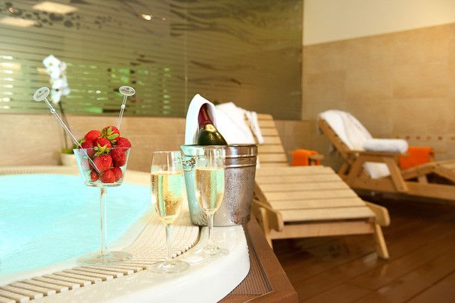 Spa Hotel Felicitas - Wellness - Whirlpool