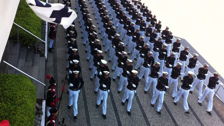 Desfile em Continência ao Comandante da Marinha - Turma Alte. Felinto Perry