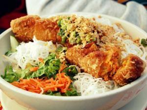 Recette Bo Bun au poulet, aux nems et aux crevettes Bobun, Bún Gà Chả giò và Tôm, Bun Cha gio va Tom