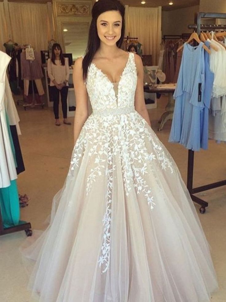 847 best Elegant Prom Dresses images on Pinterest | Elegant prom ...