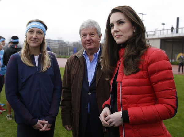 Kate Middleton Photos Photos - Catherine, Duchess of Cambridge (R) and former professional athelete Paula Radcliffe during a Marathon Training Day with Team Heads Together at the Queen Elizabeth Olympic Park on February 5, 2017 in London,  England. - The Duke & Duchess of Cambridge and Prince Harry Join Team Heads Together at a London Marathon Training Day
