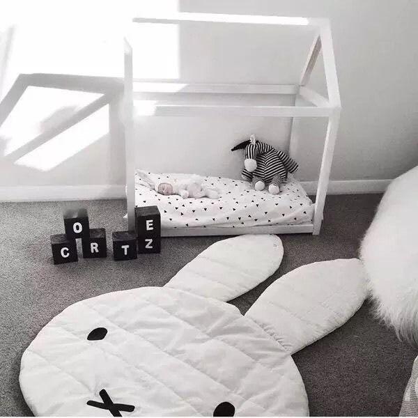 1000 ideas about krabbeldecke auf pinterest baby krabbeldecke baby wickeltasche und. Black Bedroom Furniture Sets. Home Design Ideas