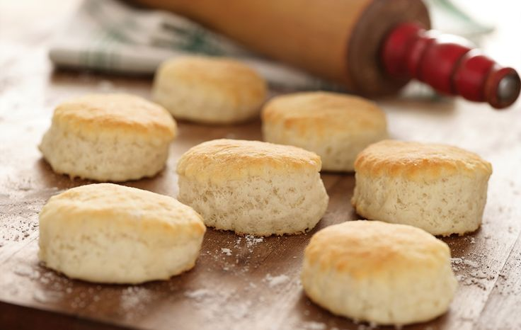 Classic 3 Ingredient Southern Biscuits ~WHITE LILY GIVEAWAY~ | Southern Plate