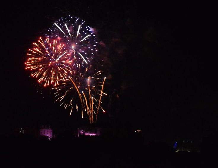 Every Saturday night during the festival season, the city lights up with a colourful display marking the closing of the Military Tattoo show at the castle.   This shot was taken at midnight, just a few minutes from our flat.