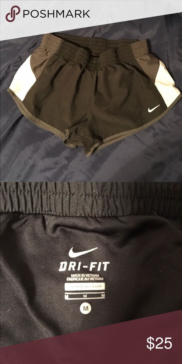 Nike dri fit shorts Mostly new. Don't like the way they fit on me Nike Shorts