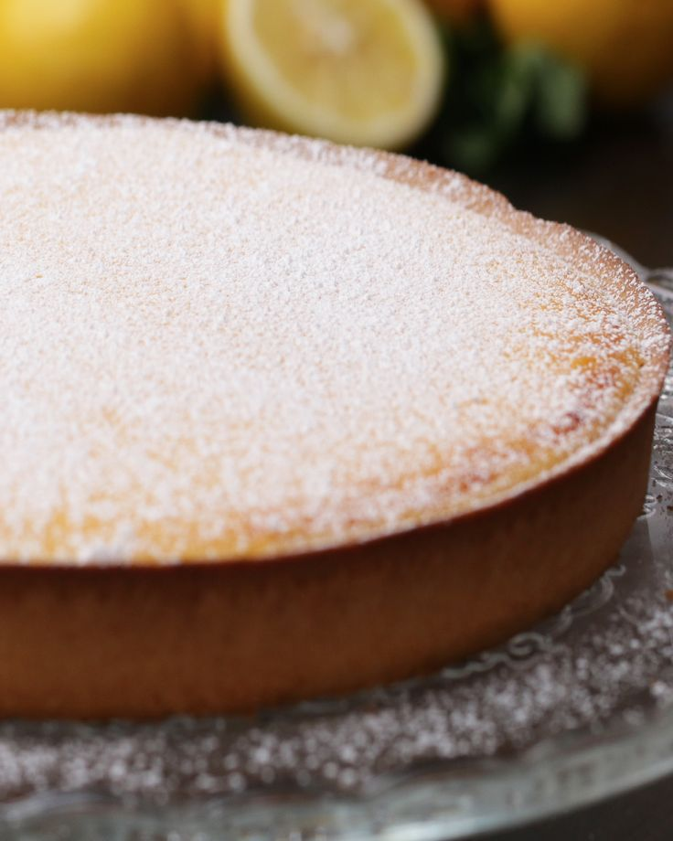 French-Style Lemon Tart (Tarte au Citron): Serves 4-6 INGREDIENTS Lemon Curd: 4 egg yolks 4 eggs 150 grams sugar 200 milliliters lemon juice Zest of 2 lemons 170 grams butter
