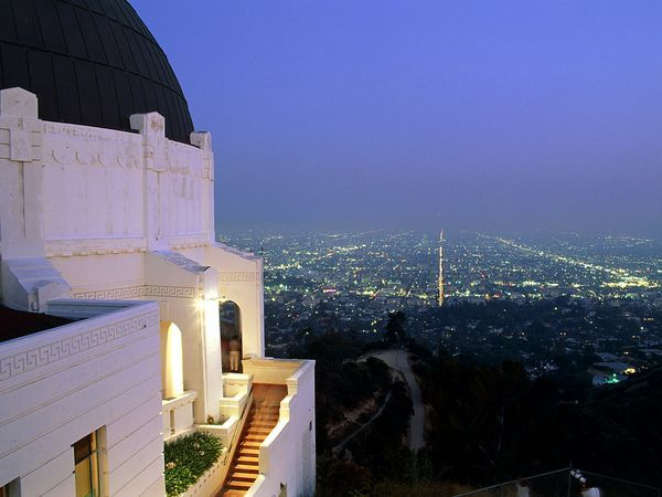 free things to do in Los Angeles. Everyone should go to the Griffith!