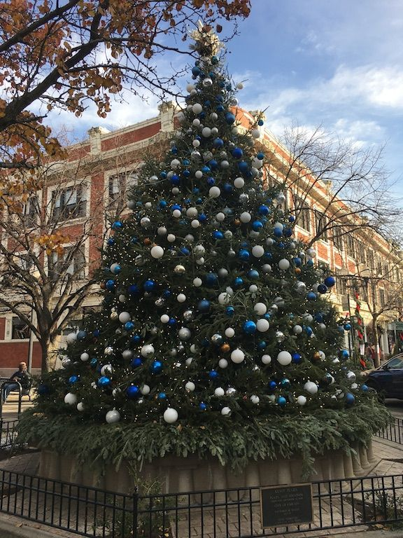 Christmas tree in Lincoln Square