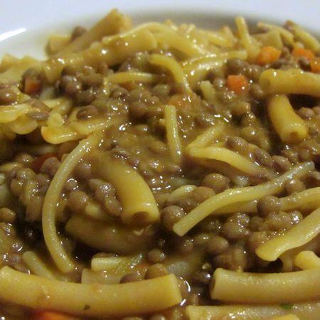 Come preparare Pasta e lenticchie col Bimby della Vorwerk, impara a preparare deliziosi piatti con le nostre ricette bimby