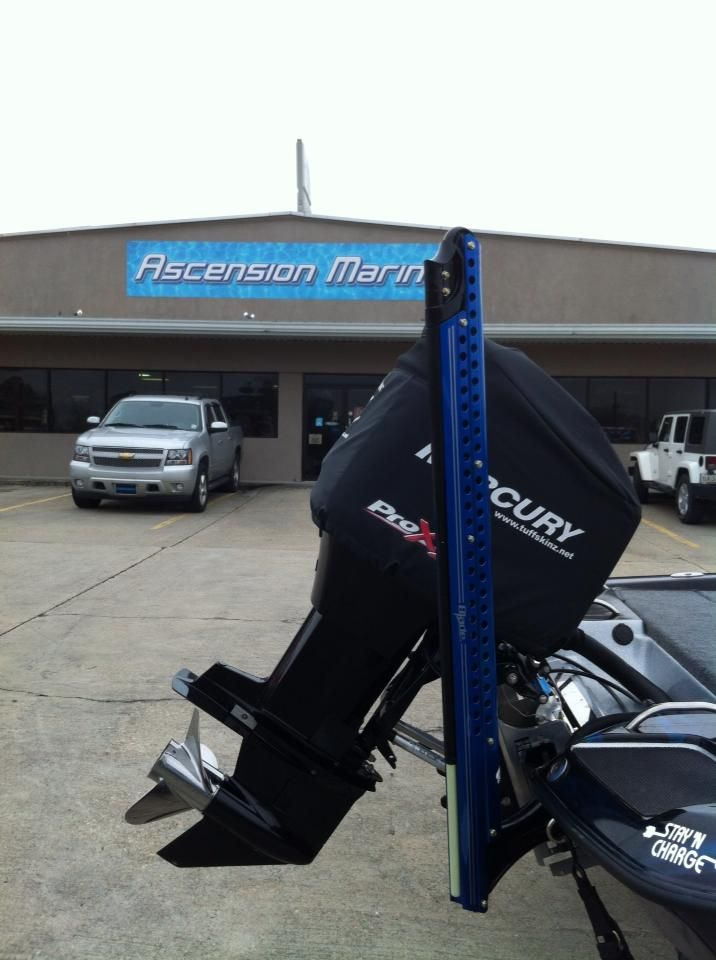Got my power pole blade on my phoenix bass boat at for Power pole fishing