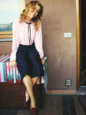 http://s-fashion-avenue.blogspot.it/2016/11/ootd-romantic-blouse-culotte-pants.html #style #chic #fashion #winter #trend #look
