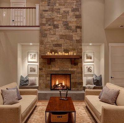 Sala a doble altura con chimenea