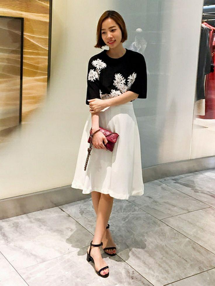 bagazimurijp | bagazimuriさんのTシャツ・カットソー「 お花刺繍フェミニンTシャツ」を使ったコーディネート