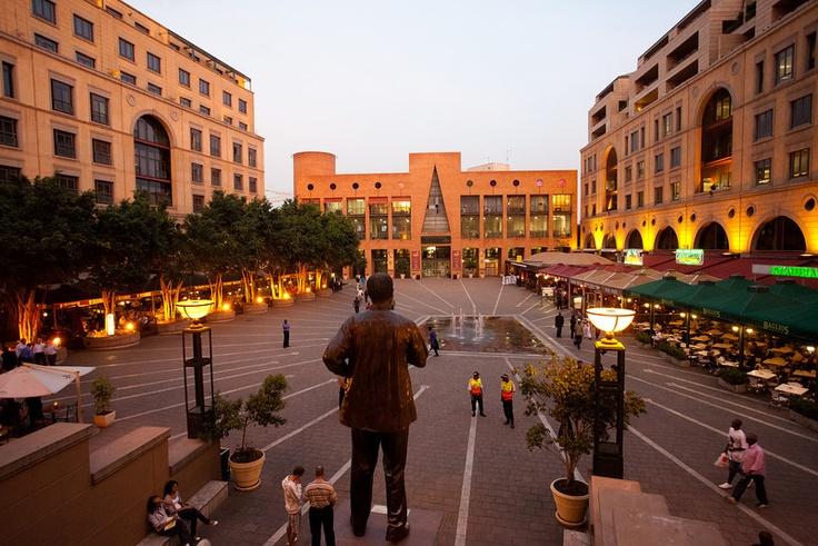 South Africa (Johanesburg - Nelson Mandela Square)