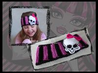 Monster High Pannband 5015 » Garn Mode - Virkade mössor - Barn mössor
