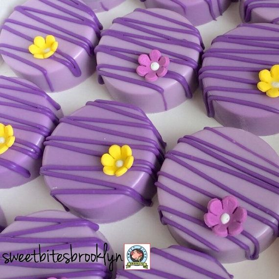 Flower Chocolate covered Oreos