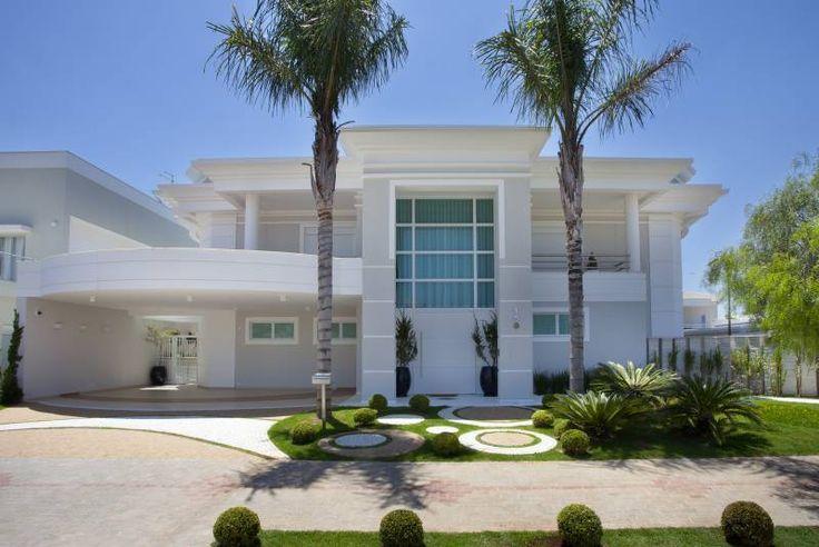 Fachadas de casas com estilo neocl ssico decor salteado for Fachadas de casas estilo moderno