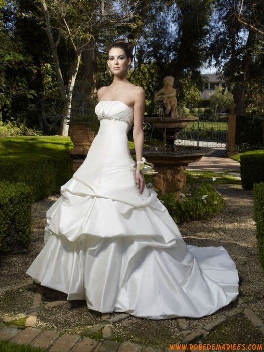 Robe de mariée couture taffetas perles taille empire