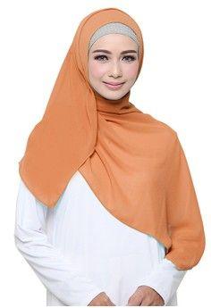 Wanita > Baju Muslim > Hijab > Hijab Scarf > Cotton Bee Zaskia Square Hijab - Peach > COTTON BEE