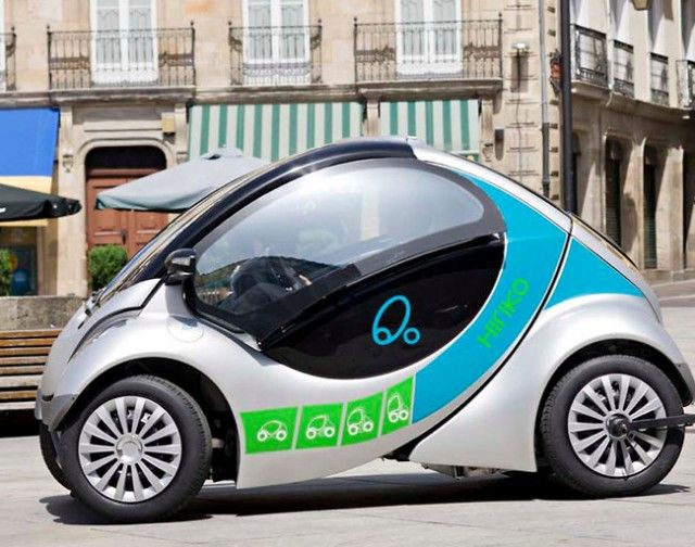 Hiriko Fold, An Electric Car That Folds for Easy Parking