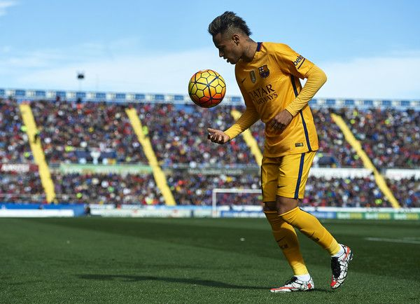 Neymar JR of Barcelona walks on the pitch during the La Liga match between Levante UD and FC Barcelona at Ciutat de Valencia on February 07, 2016 in Valencia