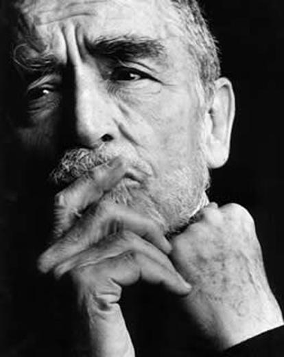 Vittorio Gassman - Attore, regista, sceneggiatore e scrittore italiano. Fondatore e direttore del Teatro d'Arte Italiano.