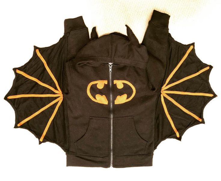 Every year I try to give my niece and nephew at least one item that was #handmade to balance out the #hatchimals and #fingerlings. #batman #hoodie
