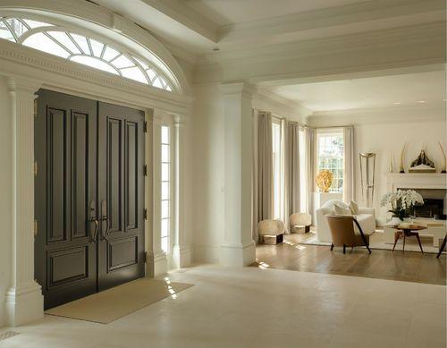 La casa de estilo georgiano es de corte clásico pero con detalles modernos.