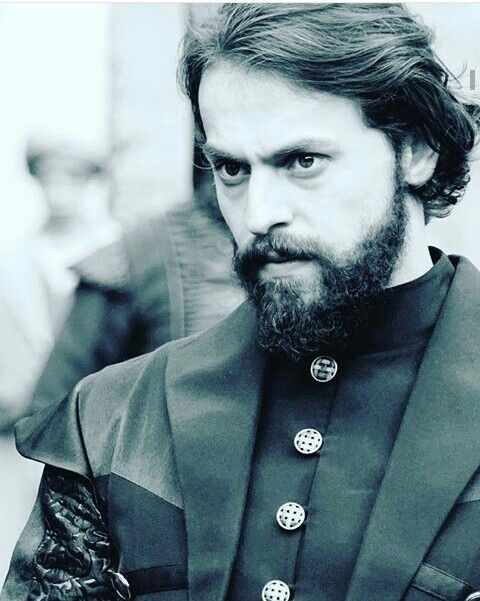 Metin Akdulger as Murad IV