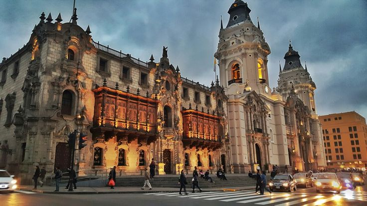 Catedral de #Lima, #Perú  #Fotografia #Photo #Paisajes #Momentos #UnaImagenValeMas #Fotodiario #Viajes #Aventura #Viajeros #Aventureros #Turismo