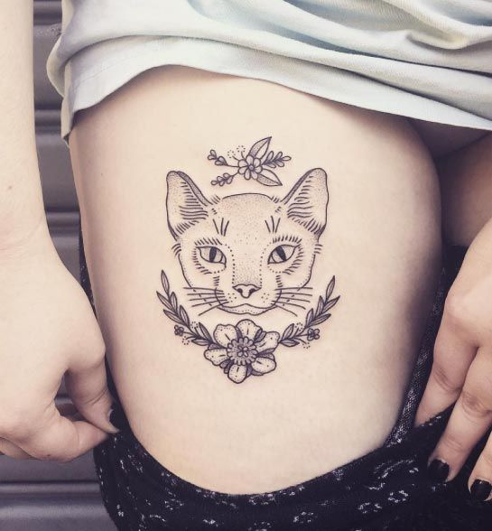 Cat Piece on Thigh by DareDevil Tattoo