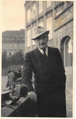 MEMORYWEBSITE: Karel Hašler Ta naše písnička česká -  Písničkářov...