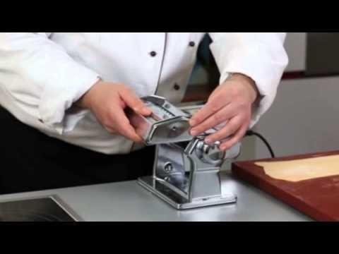 Домашняя лапша яичная итальянская паста тальятелле - YouTube