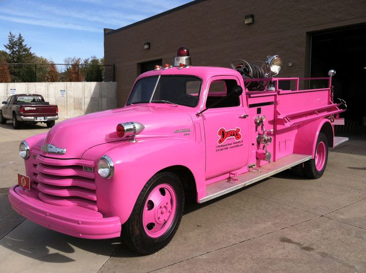 Photo op! This vintage pink fire truck will be on display at the Especially for You Race Against Breast Cancer on Oct. 7, 2012.