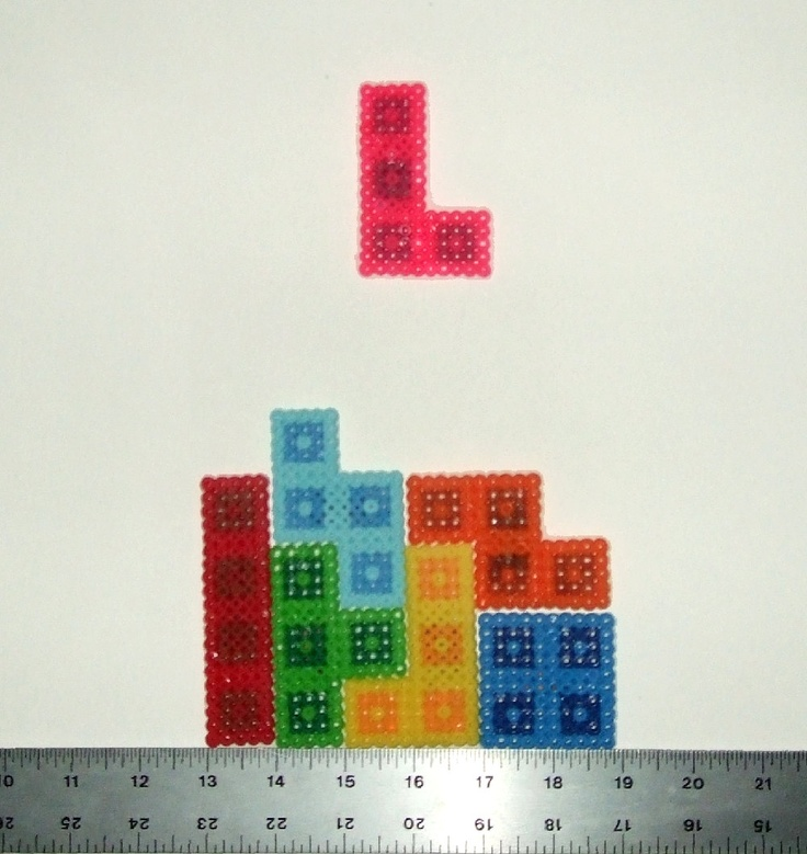 Tetris Perler Magnet, I would totally play with these.
