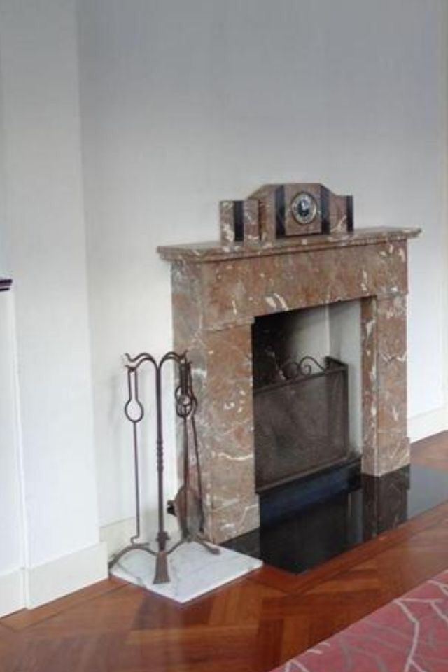 Schouwen jaren 30 a collection of ideas to try about other stylists fireplaces and fire places for Huis open haard mantel