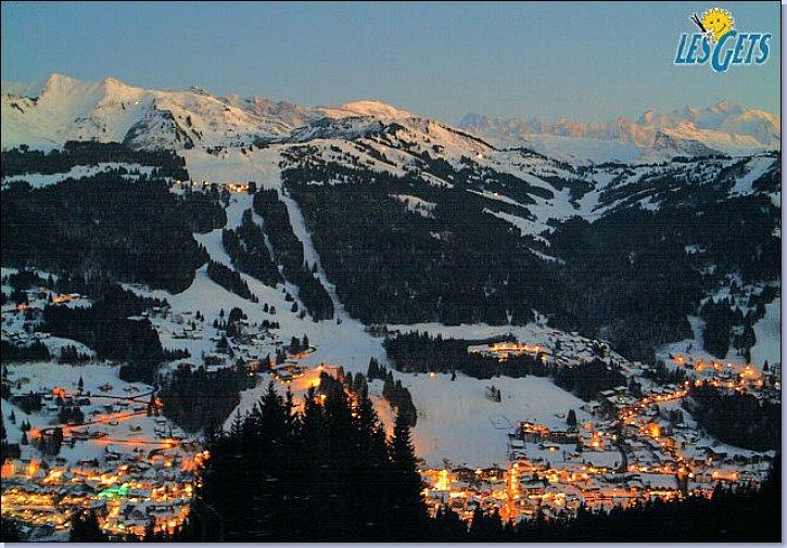 Les Gets - la station de ski. A découvrir avec les @GuidesGPPS http://www.gpps.fr/Guides-du-Patrimoine-des-Pays-de-Savoie/Pages/Site/Visites-en-Savoie-Mont-Blanc/Chablais/Haut-Chablais/Les-Gets