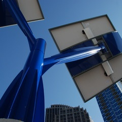 Spotlight Solar. Beautiful solar structures. - Solar that looks like sculpture - Lift