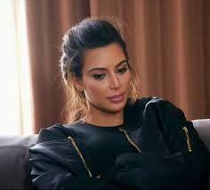 Resultado de imagen de moño desenfadado de kim kardashian
