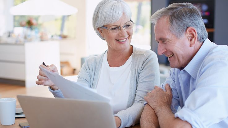 When you get to the period of transition to retirement, things get tricky. Have you saved enough money to retire? Or should you continue working? Financial advisor Allan Roth offers some tips for making the best choices when retirement comes knocking. Enjoy the show! Read More