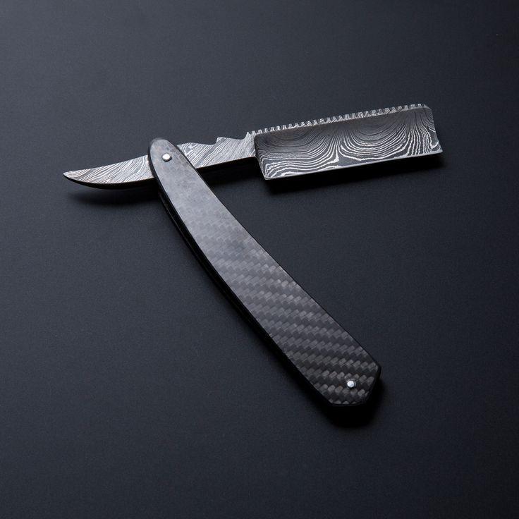 Straight Razor // Damascus Steel // Carbon Fiber Handle