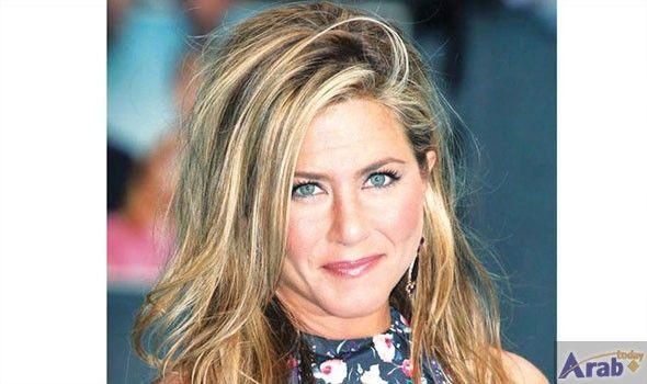 Jennifer Aniston quashes adoption rumors