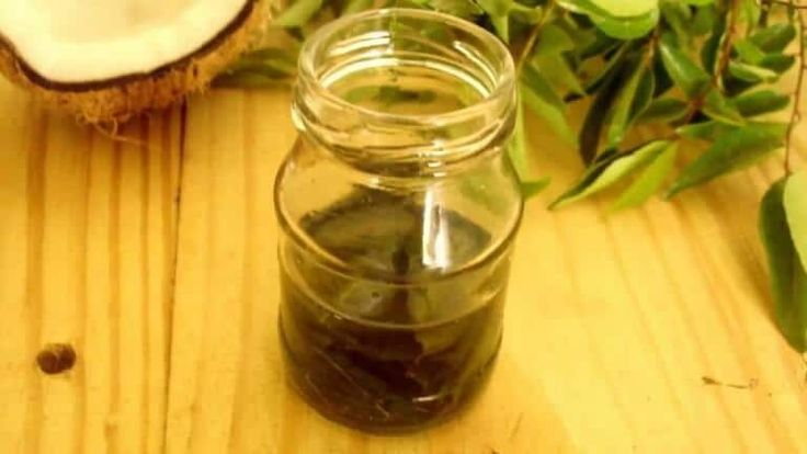Curryblätter und Kokosnussöl-Wundermittel für Haare