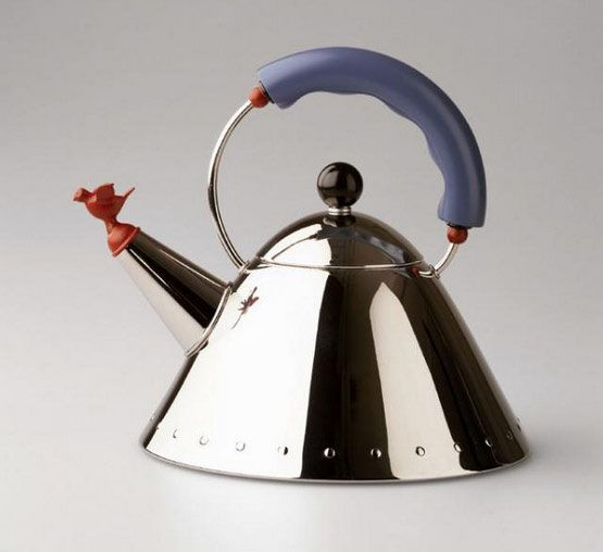 9093 kettle - Alessi - Check it on FormAdore.com